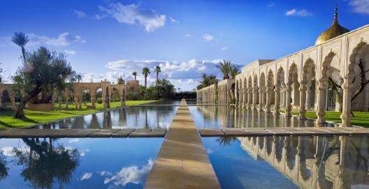 Palais Namaskar - Water features in the gardens